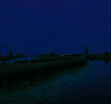 red moon Kinderdijk windmill